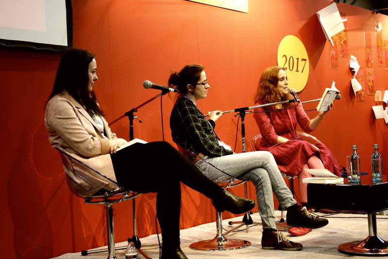 Sarah Reul von pinkfisch.net liest