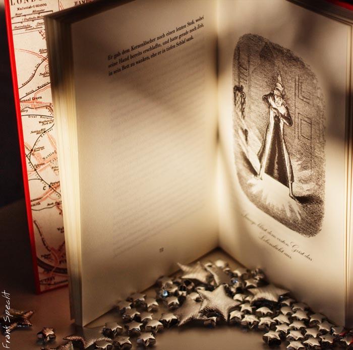 Charles-Dickens-Weihnachtsgeschichte mit den Illustrationen der Originalausgabe